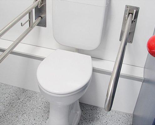 Toiletten-Container barrierefrei