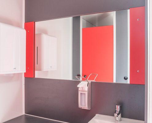 Toilettenwagen Sanita Gamo gross-048